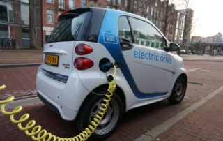 sb 4 Benefits of Driving Electric Cars